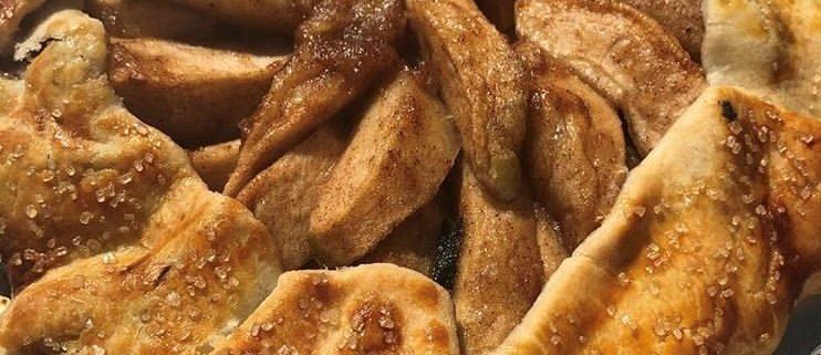 A baked apple tart